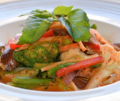 m26. red curry seitan